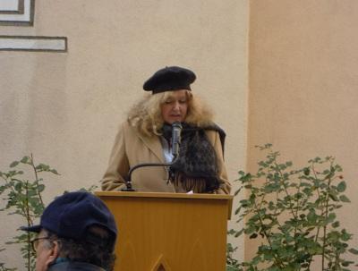 IRGW-Vorstandssprecherin Barbara Traub M.A. hält die Gedenkrede